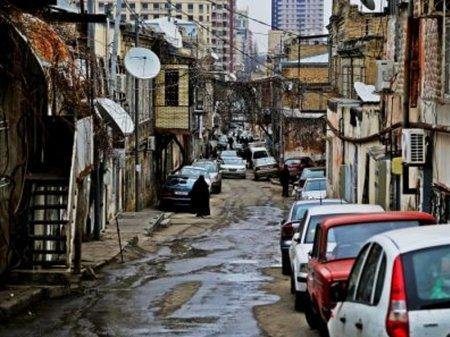 """Məşhur rejissor Bakıda çəkilən filmdən danışdı: """"Sevə-sevə baxırdım"""""""