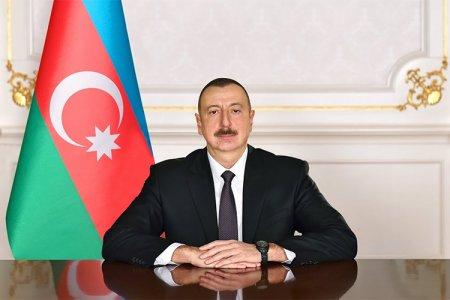 İlham Əliyev Sinqapur Prezidentini təbrik edib